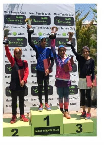 ياسمن يزداني مقام سوم مسابقات كشوري زير ١٢ سال دختران را بدست اورد